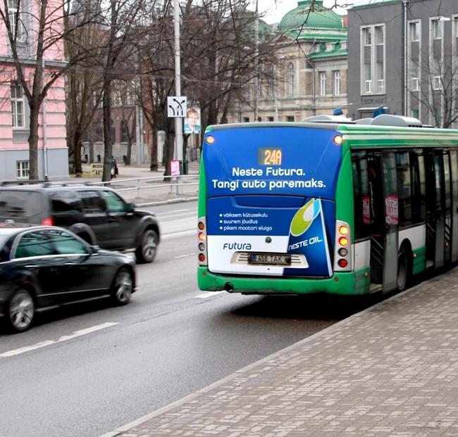 Neste – bussi tagumine külg
