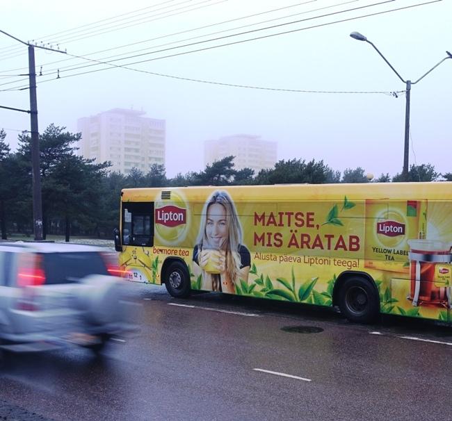 Lipton tee – esimesena Eestis kõige uuem üleni kleebitud buss – ikka Bussireklaamist