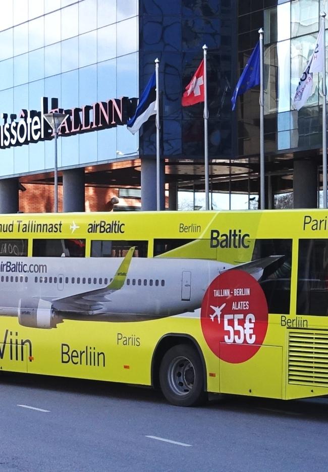 AirBaltic – buss üleni reklaamkujunduses