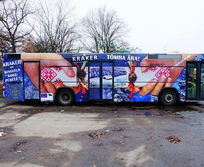Kraker – reklaam bussi küljel