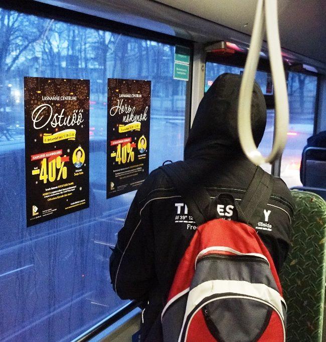 Lasnamäe Centrum – kleebis bussi aknal