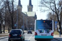 Allergan – kleebis bussi tagaküljel