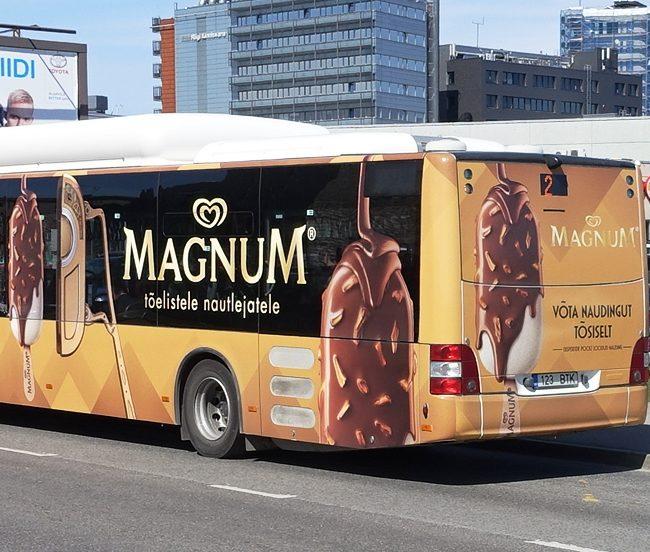 Magnum – buss üleni reklaamiga