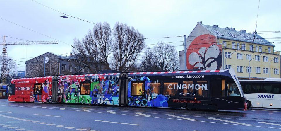Cinamon – tramm üleni reklaamkujunduses