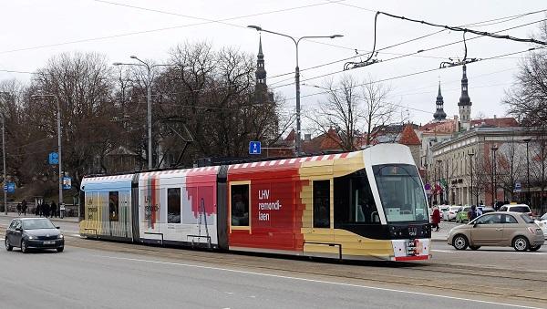 LHV – trammireklaam, tramm üleni reklaamkujunduses