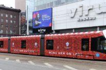 Laulupeo tramm – trammireklaam, tramm üleni reklaamkujunduses