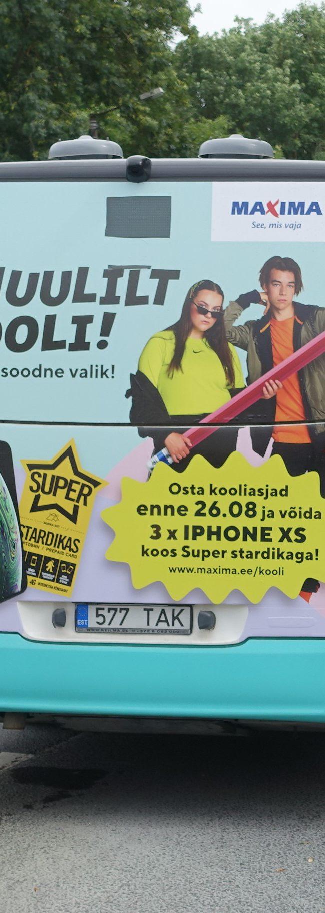Maxima – reklaam ühistranspordil, kleebis bussi tagumisel küljel
