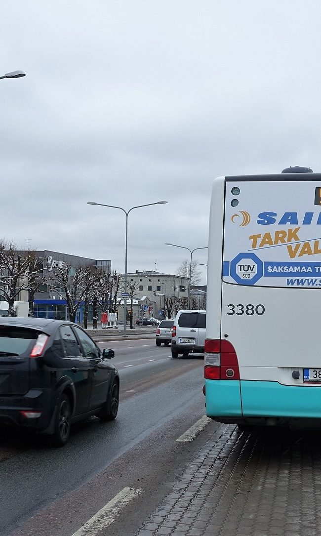 Sailun – reklaam bussi tagaküljel