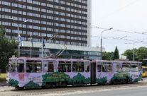 Viljandi Folk – trammireklaam, tramm üleni reklaamkujunduses