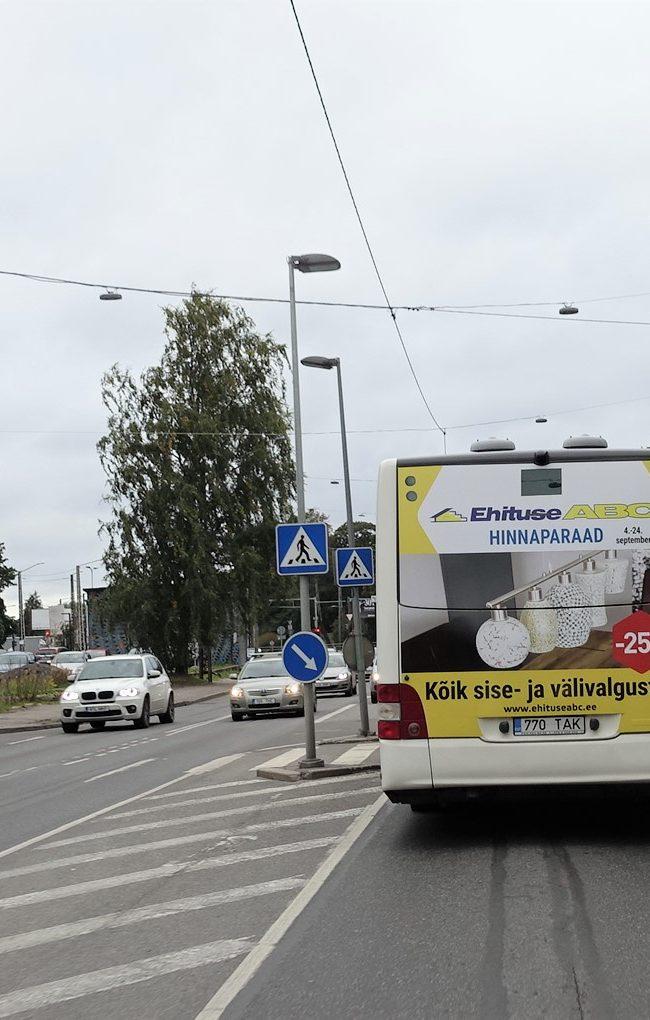Ehituse ABC – reklaam ühistranspordil