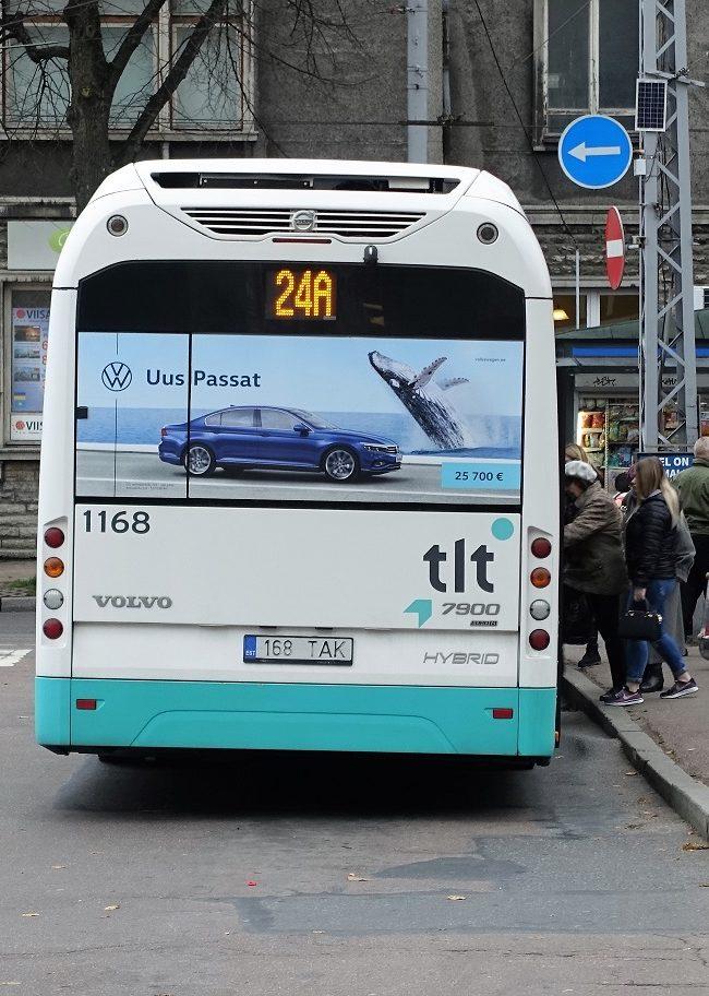 VW Passat – kleebised bussil